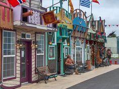 Fun little shops near Newport Aquarium, Newport, Oregon