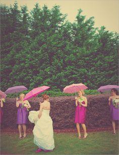 rainy wedding Rain On Wedding Day, Rainy Wedding, Wedding Gifts For Bride, Brunch Wedding, Wedding Pins, On Your Wedding Day, Dream Wedding, Wedding Ideas, Wedding Stuff