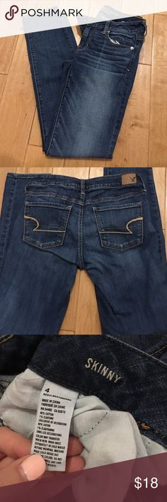 American Eagle Jeans Size 4 skinnies. Have only been worn a handful of times and are in perfect condition. They're such comfy jeans! American Eagle Outfitters Jeans Skinny