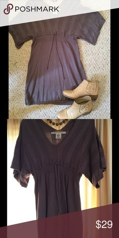 Max Studio boho tunic/sweater dress, EUC Grey/lavender knee-length boho sweater dress/tunic. Dolman sleeves, drawstring near top. Lovely on with boots or tights and flats. Max Studio Dresses