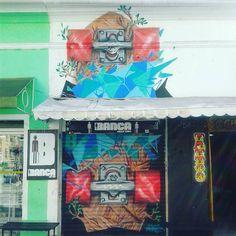 Grafite na entrada da Banca Skate Shop. - Clube do skate.