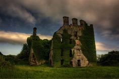 заброшенный замок - Поиск в Google