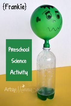 Se desarrollara en clase de naturales para la explicación de algo os temas de reacciones químicas. Lo que se necesita es una botella de plástico y un globo. Dentro de la botella se pondrá agua con colorante y una mezcla para que al moverla se cree una espuma y el globo se llene.