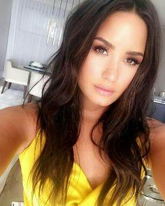 Demi Lovato ☆ 4-27-2017