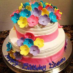 Beautiful Fondant Flower Cake Vegan Vegan Birthday Ideas Party