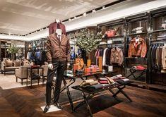 Burberry flagship store, Shanghai   China luxury