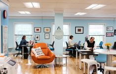 Shaping the sharing economy: Women in coworking