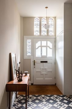 Victorian Townhouse, London Townhouse, Shaker Style Cabinets, Shaker Style Kitchens, Terrazzo, Bad Godesberg, Victoria House, Townhouse Designs, Avenue Design