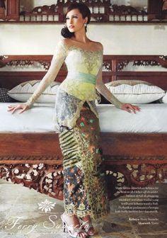 #kebaya Batik Kebaya, Batik Dress, Kimono, Contemporary Fashion, Traditional Dresses, Indie, Dream Wedding, Asia, Curvy
