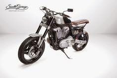 """Racing Cafè: Harley XR 1200 """"Knuckle"""" by South Garage Motorcycles"""
