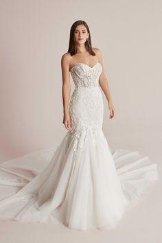 Bridal Dresses, Girls Dresses, Flower Girl Dresses, Bridal Elegance, Trumpet Gown, Beautiful Wedding Gowns, Bridal Boutique, Dream Dress, Wedding Happy