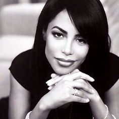 they say Aaliyah is overrated when they so called queen beyonce dropped out of the ninth grade Rip Aaliyah, Aaliyah Style, Beautiful Black Women, Beautiful People, Simply Beautiful, Beautiful Pictures, Aaliyah Haughton, Portraits, How To Pose