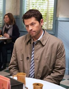 Pretty sure this is Cas's face offscreen, 50% of the time Dean is speaking