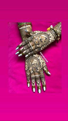 Wedding Henna Designs, Modern Henna Designs, Engagement Mehndi Designs, Floral Henna Designs, Henna Tattoo Designs Simple, Legs Mehndi Design, Latest Bridal Mehndi Designs, Full Hand Mehndi Designs, Henna Art Designs