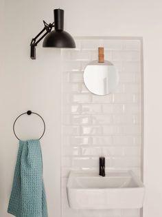 Simple small bathroom - Ellens album