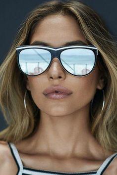 d1c4d43179 Quay Australia Hollywood Nights Sunglasses - Side Cropped Image Quay  Australia Sunglasses