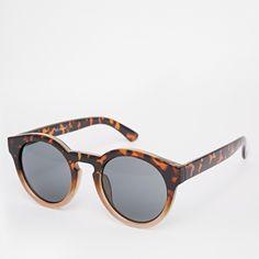 Ombré Sunnies Really cute pair of ombré sunnies. Accessories Sunglasses
