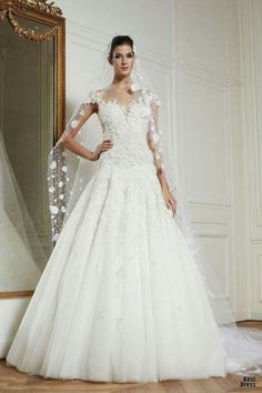Beautifully designed wedding dresses from Zuhair Murad 2013 bridal collection. Zuhair Murad, always exceed our expectations with his unique style. Wedding Dress 2013, Beautiful Wedding Gowns, Stunning Wedding Dresses, Fall Wedding Dresses, Beautiful Dresses, Perfect Wedding, Lace Wedding, Gown Wedding, Beautiful Flowers