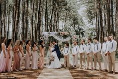 38 Best Ideas for wedding bridesmaids dresses boho maids Rustic Groomsmen Attire, Groomsmen Outfits, Groom And Groomsmen Attire, Country Groom Attire, Mismatched Groomsmen, Groomsmen Suspenders, Beige Bridesmaids, Fall Wedding Bridesmaids, Bridesmaids And Groomsmen