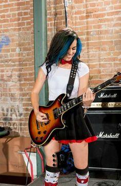 Rock Girls, N Girls, Willie Dixon, Women Of Rock, Guitar Girl, Female Guitarist, Rock Chic, Playing Guitar, Atlantis