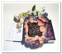 Peter Pan (A Classic Collectible Pop-Up): Robert Sabuda: Arte Pop Up, Pop Up Art, Children's Pop Up Books, Cool Books, Origami Templates, Box Templates, Libros Pop-up, Tunnel Book, Tarjetas Pop Up