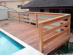 Deck de madeira com Guarda-Corpo feito pela Mad Telhas.