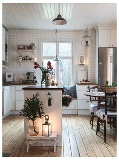 Swedish Cottage, Scandinavian Cottage, Swedish Decor, Swedish House, Swedish Style, Swedish Farmhouse, Swedish Kitchen, Shabby Chic Farmhouse, Kitchen Black