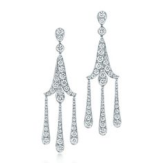 Orecchini Tiffany Legacy® in platino con diamanti.