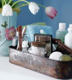Pretty countertop storage for bathroom supplies ~ 43 Practical Bathroom Organization Ideas Diy Bathroom, Small Bathroom Storage, Bathroom Organization, Bathroom Caddy, Organization Ideas, Design Bathroom, Organized Bathroom, Bathroom Ideas, Bathroom Interior