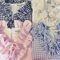 Gingham//Seersucker ruffles 💕💕 Gingham Emma shifts and tops are coming to my shop this Sunday! Classic Outfits, Classic Style, My Style, Preppy Look, Winter Sweaters, Needle And Thread, Seersucker, Dress Me Up, Get Dressed