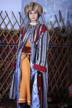 Kyrgyz tradtional clothes