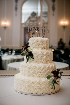 Cake Flowers Provided by May Flowers |  Cake and Decor by Couture Cakes | Photo by Amanda May Photos