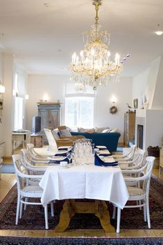 Conference Facilities, Conference Room, Kitchen Dining, Dining Room, Dining Table, Restaurant, Plates, Furniture, Design