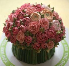 Buttercream roses bouquet