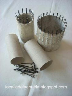 Toilet paper roll spool knitting