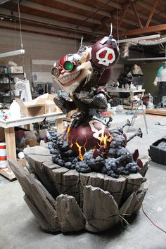 """Ziggs from Riot Games' """"League of Legends."""" Major animation using two EFX-TEK HC-8+ controllers. Also used custom add-on (my design) for Parallax Propeller Quickstart boards; these small boards were used in external bomb animations. Built by Alliance Studio."""