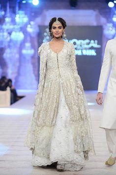 Nida Azwer Ghalib Collection at PFDC L'Oréal Bridal Week 14