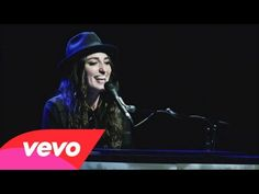 ▶ Sara Bareilles - Brave (Live from Atlanta)