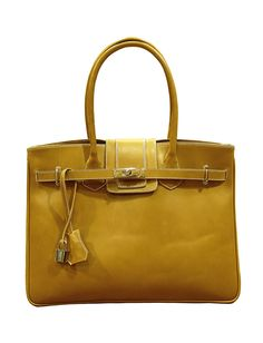 Jacqueline 7857 So what an elegant Bag, handmade in leather to be the most attractive and envied women!
