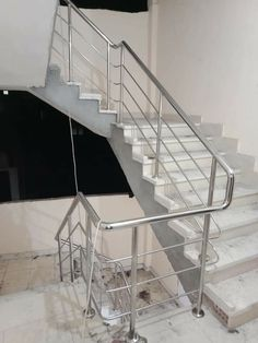 Cantilever Stairs, Staircase Railings, Staircase Design, 5 Marla House Plan, Stainless Steel Stair Railing, Glass Balcony Railing, Steel Railing Design, Front Gate Design, Steel Stairs