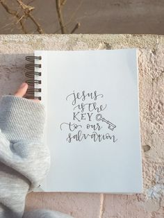 Quotes about Jesus, gorgeous hand lettering, Christian quotes and encouragement Inspirational Bible Quotes, Bible Verses Quotes, Jesus Quotes, Faith Quotes, Scriptures, Live Quotes For Him, Bibel Journal, Bible Notes, Bible Art