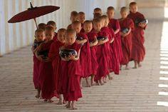 Bagan, Myanmar/Burma - By Daniel Giesen Buddha Buddhism, Buddhist Monk, Tibetan Buddhism, Beautiful Images, Beautiful People, Samurai, Interior Design Gallery, Little Buddha, World Photography