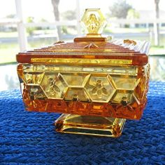 Amber Honey Bee Honeycomb Square Pedestal Covered  ~ What a find this would be!