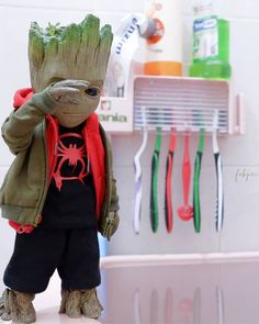 Baby Groot became a spider?-Credit: for daily dose of comic memes news and artworks!-Like my posts and Express your opinion in comments! Marvel Fan, Marvel Heroes, Thor Marvel, Marvel Actors, Marvel Wallpaper, Cute Characters, Iron Man, Spiderman, Avengers