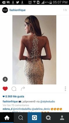 This gown is sooo stunning