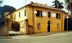 San Mauro Pascoli - Places of interest:        Pascoli House      Pascoli family mausoleum      The Tower (Villa Torlonia)