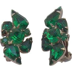 Emerald Green Pear Shaped & Round Rhinestones Clip on Earrings. Jewelry under $25 at Ruby Lane @Ruby Lane