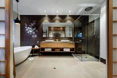 asiatische wandgestaltung im badezimmer naturstein und holz kombinieren m bel pinterest. Black Bedroom Furniture Sets. Home Design Ideas