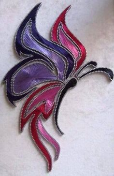 Now that is some fancy string art String Art Templates, String Art Patterns, Nail String Art, String Crafts, Resin Crafts, Arte Linear, Paper Embroidery, Japanese Embroidery, Flower Embroidery