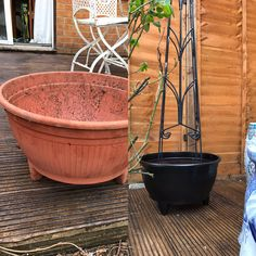 Plastic pot make over with left over Hammerite black spray paint
